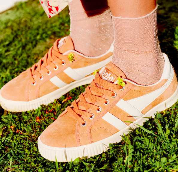 Best Tips On How To Wear The Most Comfortable Sneakers With Other Outfits For Girls