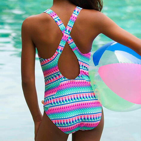 Why Go For The Best One Piece Bathing Suits For Juniors